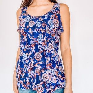 Patterned flowy tank top